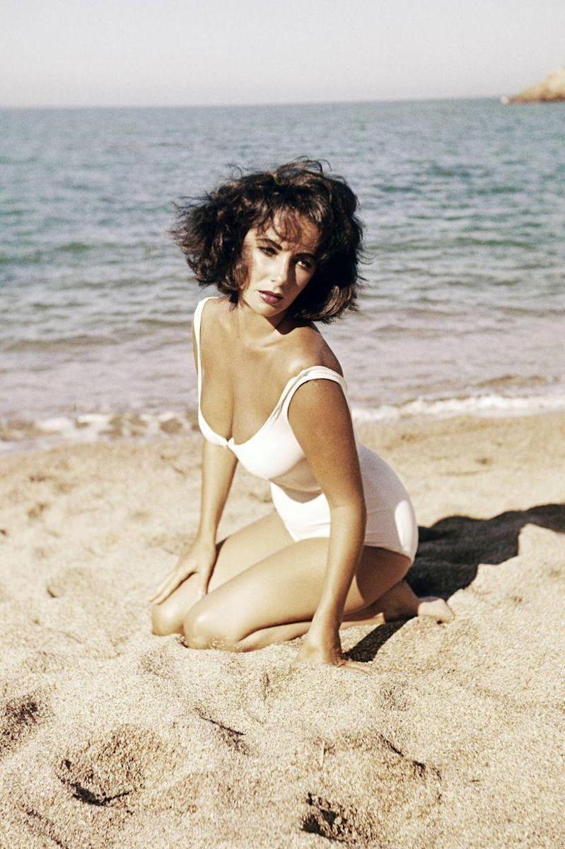 <p>Elizabeth Taylor takes publicity shots for <em>Suddenly, Last Summer</em> in 1959. </p>