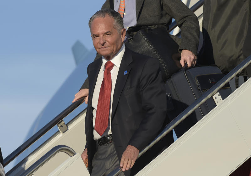 "Isaac ""Ike"" Perlmutter, an Israeli-American billionaire, and the CEO of Marvel, walks down the steps of Air Force One at Andrews Air Force Base in Md., Monday, Feb. 6, 2017. (AP Photo/Susan Walsh)"