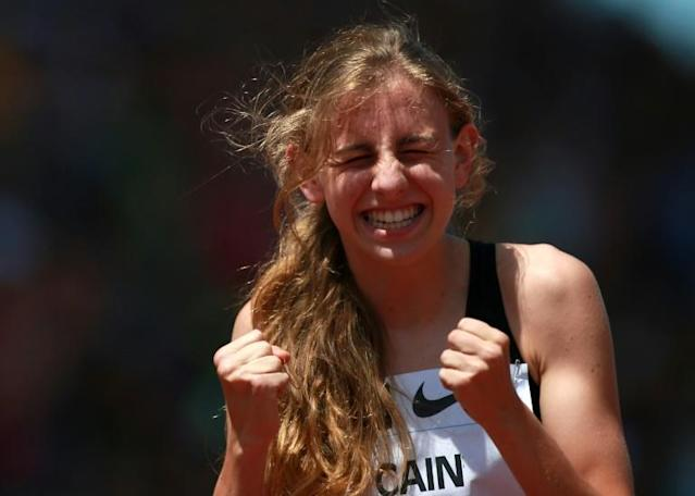 Mary Cain of the USA celebrates being the first high schooler to break the two minute mark in the 800m at the 2013 Prefontaine Classic Diamond League meeting in Eugene, Oregon (AFP Photo/JONATHAN FERREY)