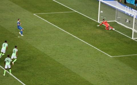 Sigurdsson shoots over from the penalty spot - Credit: Getty images