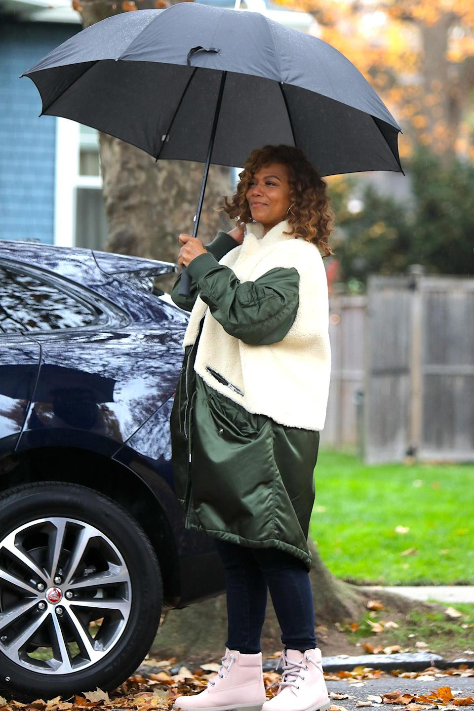 <p>Queen Latifah was spotted filming her upcoming movie <em>The Equalizer</em> in New Jersey.</p>