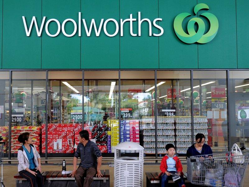 Chaff bag jacket donor quits Woolies