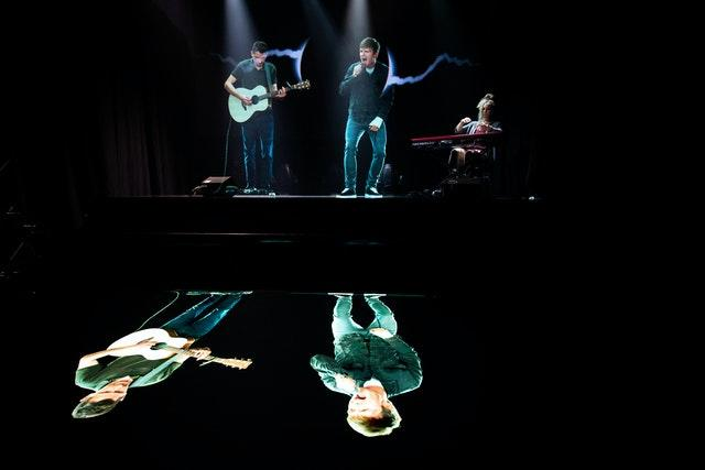 Interactive hologram performance