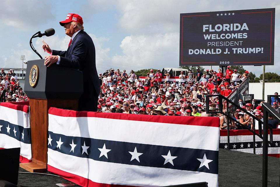 Image: U.S. President Trump holds a campaign rally in Tampa, Florida (Jonathan Ernst / Reuters)
