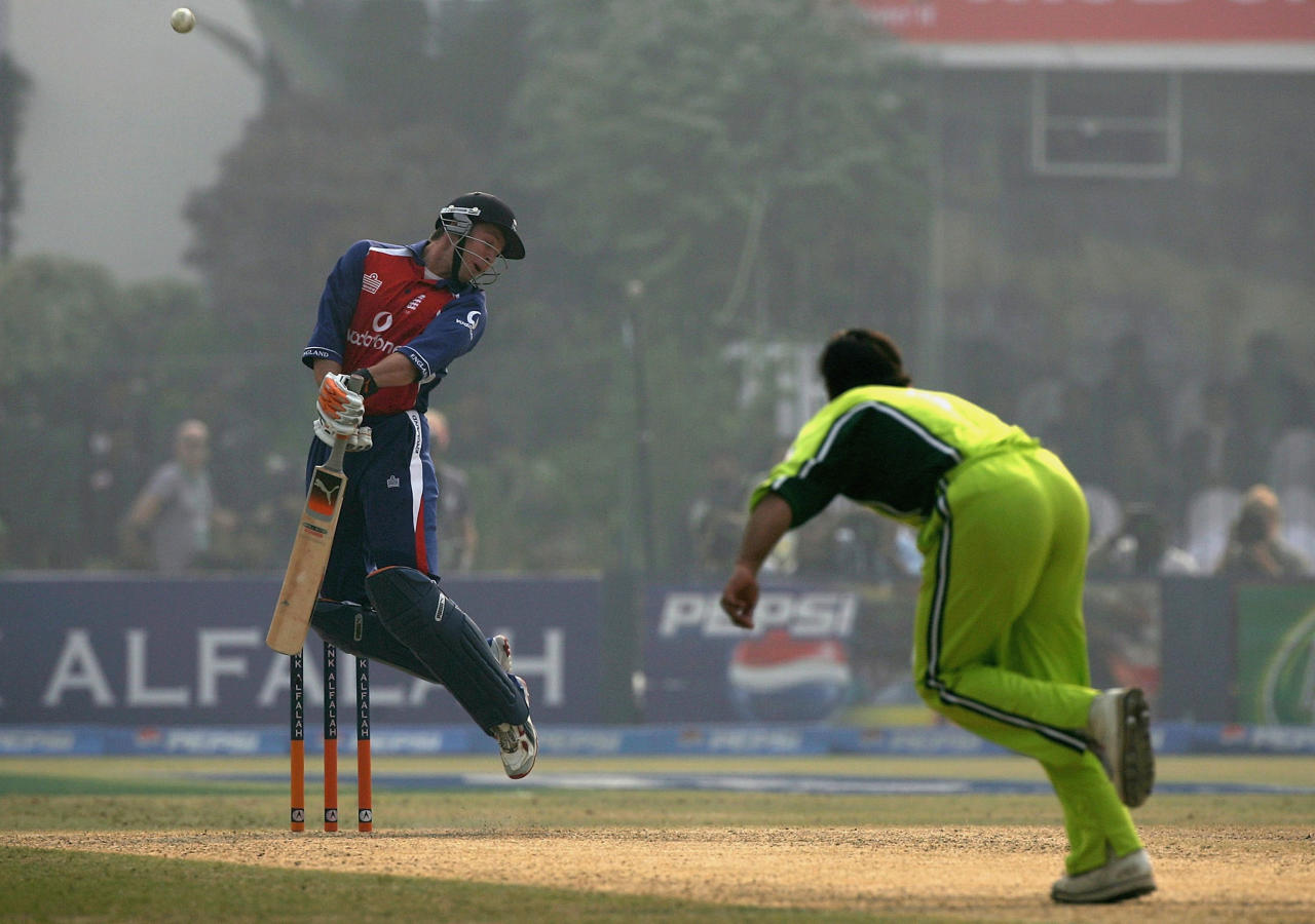 LAHORE, PAKISTAN - DECEMBER 12:  Geraint Jones of England tries to avoid a high ball only to be caught behind off the bowling of Shoaib Akhtar of Pakistan for 7 runs during the second one day international match between Pakistan and England at The Gaddafi Stadium on December 12, 2005 in Lahore, Pakistan.  (Photo by Paul Gilham/Getty Images)