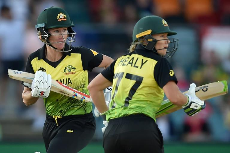 Australia's Alyssa Healy and Beth Mooney shared a 151-run stand against Bangladesh (AFP Photo/Peter PARKS)