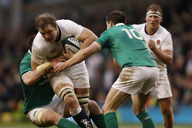 Ireland's ability to hold England players up in the tackle meant they could not build any momentum (Getty)