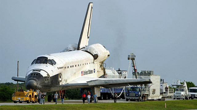 Los Angeles Wants Space Shuttle Endeavour, but Must 400 Trees Be Cut?