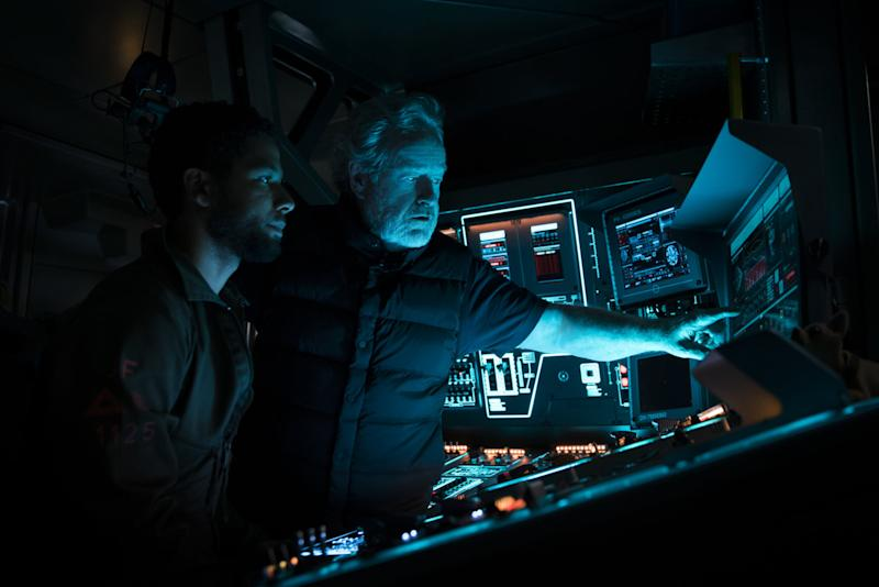 Ridley Scott directing actor Jussie Smollett on the set of the upcoming 'Alien: Covenant' (credit: 20th Century Fox)