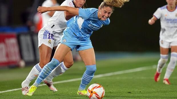Canadian striker Janine Beckie scored one of Manchester City's three first-half goals in an eventual 4-0 win over Everton in Women's Super League action on Saturday. (Angel Martinez/Getty Images/File - image credit)
