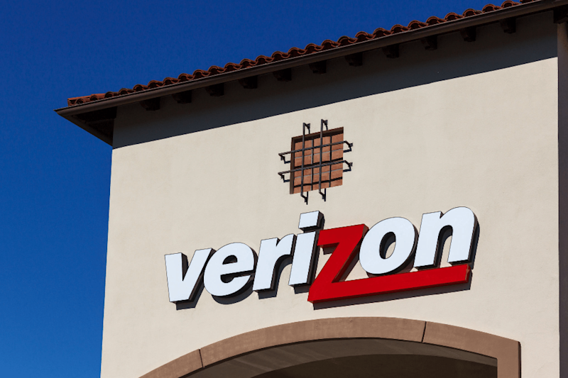 Verizon will throttle prepaid customers' data for usage