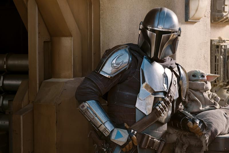 Pedro Pascal as Din Djarin in a still from The Mandalorian S2. (Disney+)