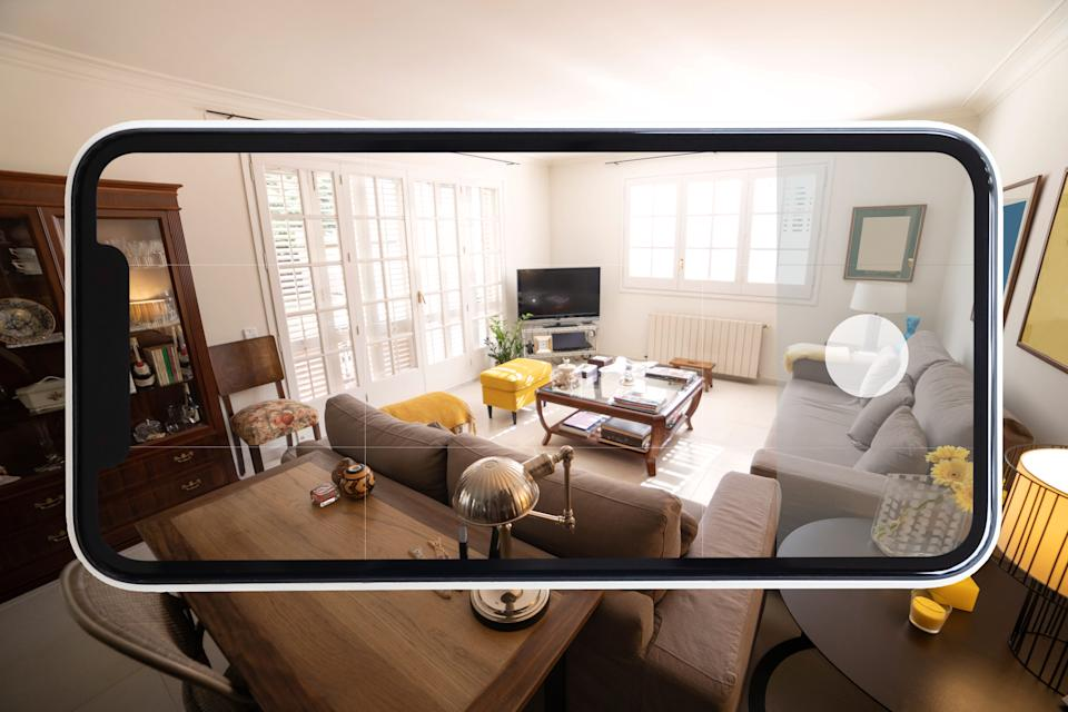 Beautiful home interior video using virtual reality with mobile phone.