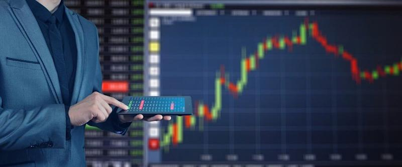 How to day trade cryptocurrency and what to be aware of