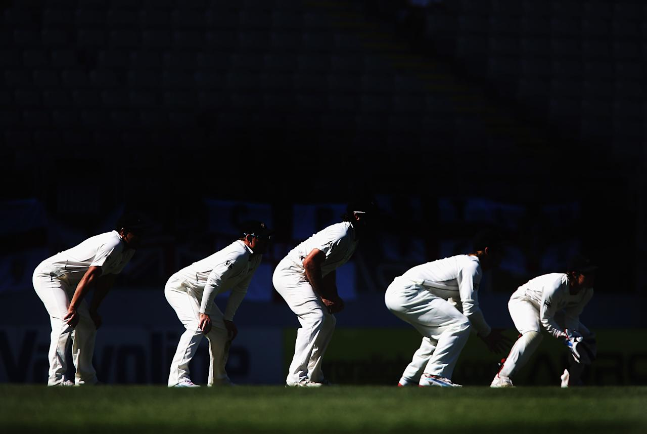 AUCKLAND, NEW ZEALAND - MARCH 25: New Zealand line up in the slips during day four of the Third Test match between New Zealand and England at Eden Park on March 25, 2013 in Auckland, New Zealand.  (Photo by Sandra Mu/Getty Images)
