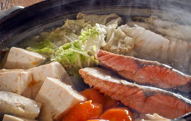 8 tips for a healthy hot pot or steamboat meal. (Thinkstock photo)
