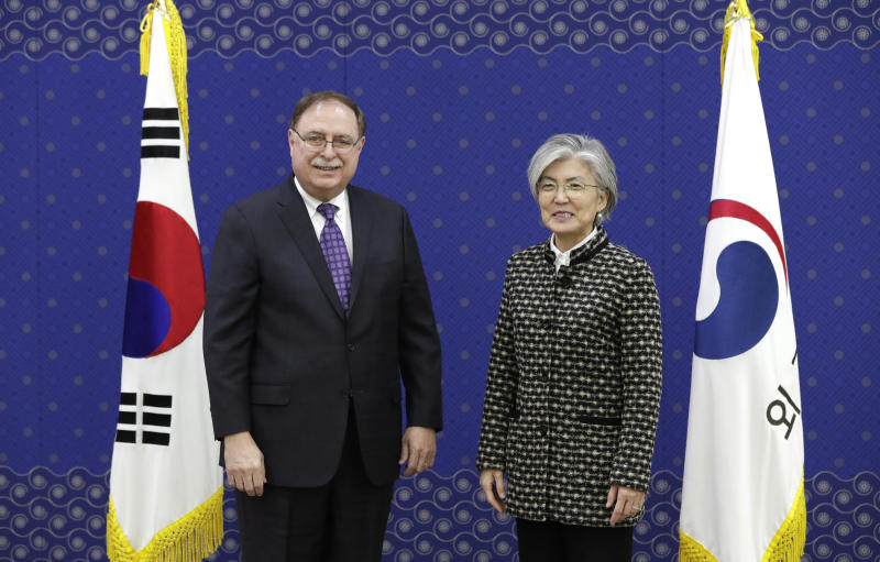 South Korea signs short-term deal to pay more for U.S.  troops