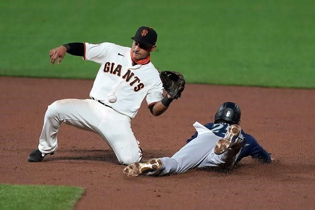 Ruf homers late, Giants rally past red-hot Mariners 6-5