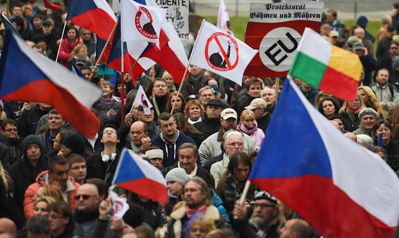 thousands demonstrate in czech republic against migrants