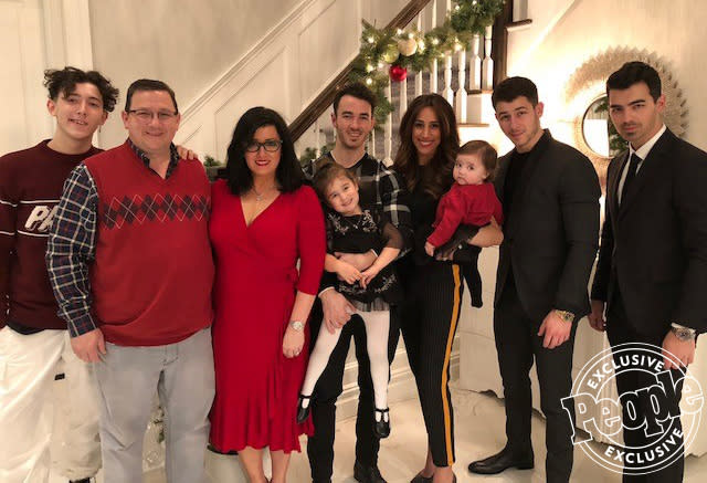 The Jonas family (in 2017), from left: Frankie, Kevin Sr., Denise, Kevin Jr., Alena, Danielle, Valentina, Nick, Joe