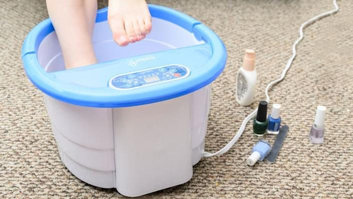 Who needs a spa when you can have the Ivation Foot Spa?