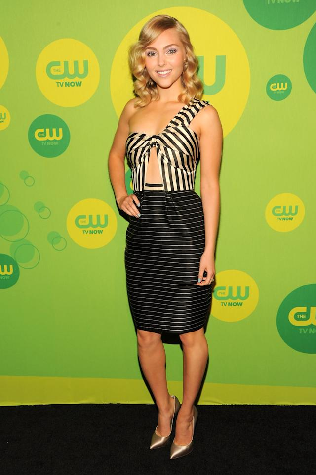 NEW YORK, NY - MAY 16:  Actress AnnaSophia Robb attends The CW Network's New York 2013 Upfront Presentation at The London Hotel on May 16, 2013 in New York City.  (Photo by Ben Gabbe/Getty Images)