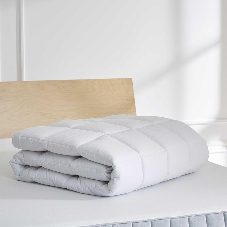 """<h3>Brooklinen Down Alternative Mattress Topper</h3><br><strong>Best For:</strong> <strong>A Heavenly Breathable Sleep</strong><br>This down alternative mattress topper is made from soft microgel material with a 100% organic cotton cover and tufted top. If you like an easy-breezy night's sleep, then this is the best mattress topper for you.<br><br><strong>The Hype: 4.8 out of 5 stars</strong><br><br><strong>Sleepers Say:</strong> """"Heaven! We bought a new mattress, and my hubby said he wanted more smooosh on top. I didn't want to be hotter. The down alternative mattress topper makes us both SO happy! Aaaahhhhh....."""" <em>– Harriet M., Brooklinen Reviewer</em><br><br><em>Shop <strong><a href=""""https://www.brooklinen.com/products/mattress-pad"""" rel=""""nofollow noopener"""" target=""""_blank"""" data-ylk=""""slk:Brooklinen"""" class=""""link rapid-noclick-resp"""">Brooklinen</a></strong></em><br><br><strong>Brooklinen</strong> Down Alternative Mattress Topper, $, available at <a href=""""https://go.skimresources.com/?id=30283X879131&url=https%3A%2F%2Fwww.brooklinen.com%2Fproducts%2Fmattress-pad"""" rel=""""nofollow noopener"""" target=""""_blank"""" data-ylk=""""slk:Brooklinen"""" class=""""link rapid-noclick-resp"""">Brooklinen</a>"""