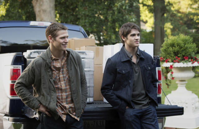 "Zach Roerig as Matt and Steven R. McQueen as Jeremy in ""My Brother's Keeper,"" the seventh episode of ""The Vampire Diaries"" Season 4."