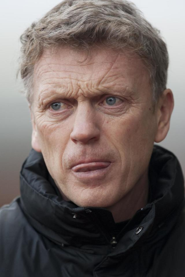 Manchester United's manager David Moyes takes to the touchline before his team's 2-1 loss at Stoke in their English Premier League soccer match at the Britannia Stadium, Stoke, England, Saturday Feb. 1, 2014. (AP Photo/Jon Super)