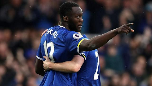 ​After last week's reduced fixture list, the Premier League is back this weekend with a full slate of matches. For those of you picking your lineups in ​Yahoo Daily Fantasy this week, there are two standout options up front who can make the difference for your team. This week's pair? The mightily in-form Everton striker Romelu Lukaku and his Chelsea counterpart Diego Costa. <section><h2>Who Would You Pick In Your Fantasy...