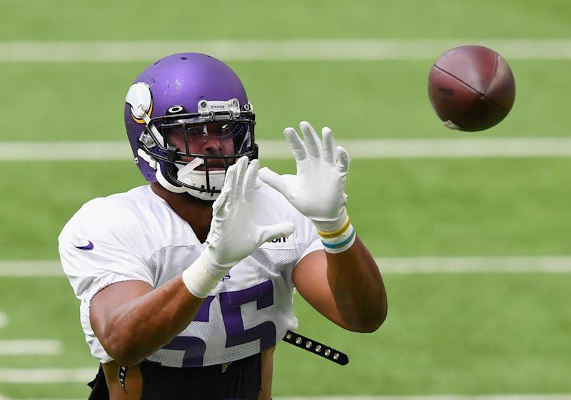 Anthony Barr catches a pass during training camp.