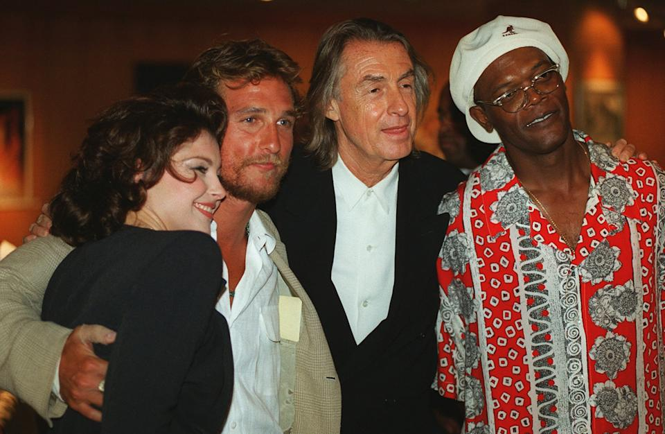 """Joel Schumacher, second from right, director of the new film """"A Time to Kill,"""" poses with cast members, from left, Ashley Judd, Matthew McConaughey and Samuel L. Jackson at the world premiere of the film, Tuesday, July 9, 1996, at the Academy of Motion Picture Arts & Sciences in Beverly Hills, Calif. (AP Photo/Chris Pizzello)"""
