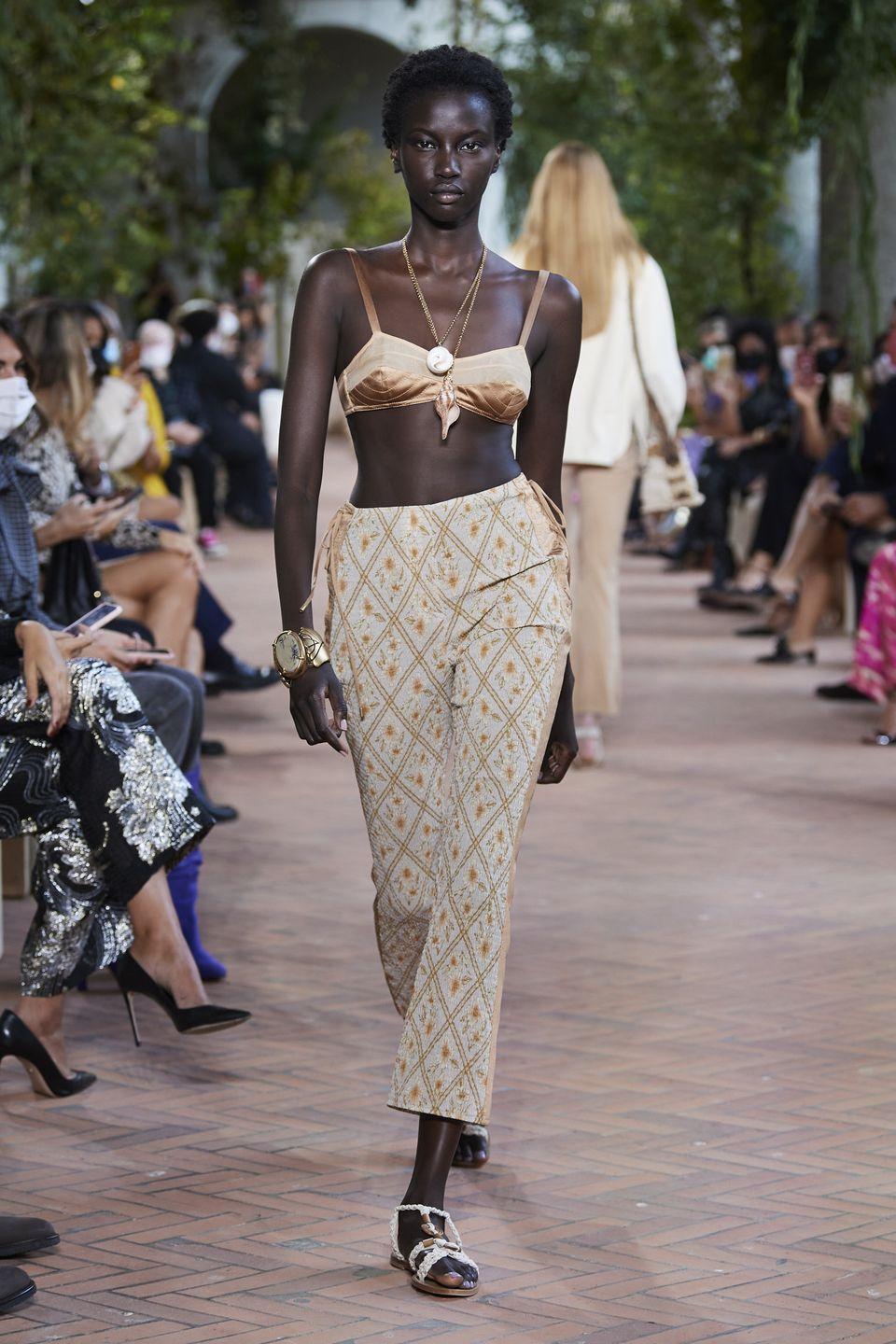 <p>From silky and knit styles to printed ones, think of a bra top as your newest investment piece. </p><p><em>Alberta Ferretti </em> </p>
