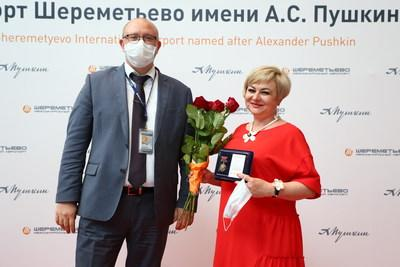 Sheremetyevo International Airport honored its doctors and medical workers with badges in a ceremony held for Russian Medical Worker Day.
