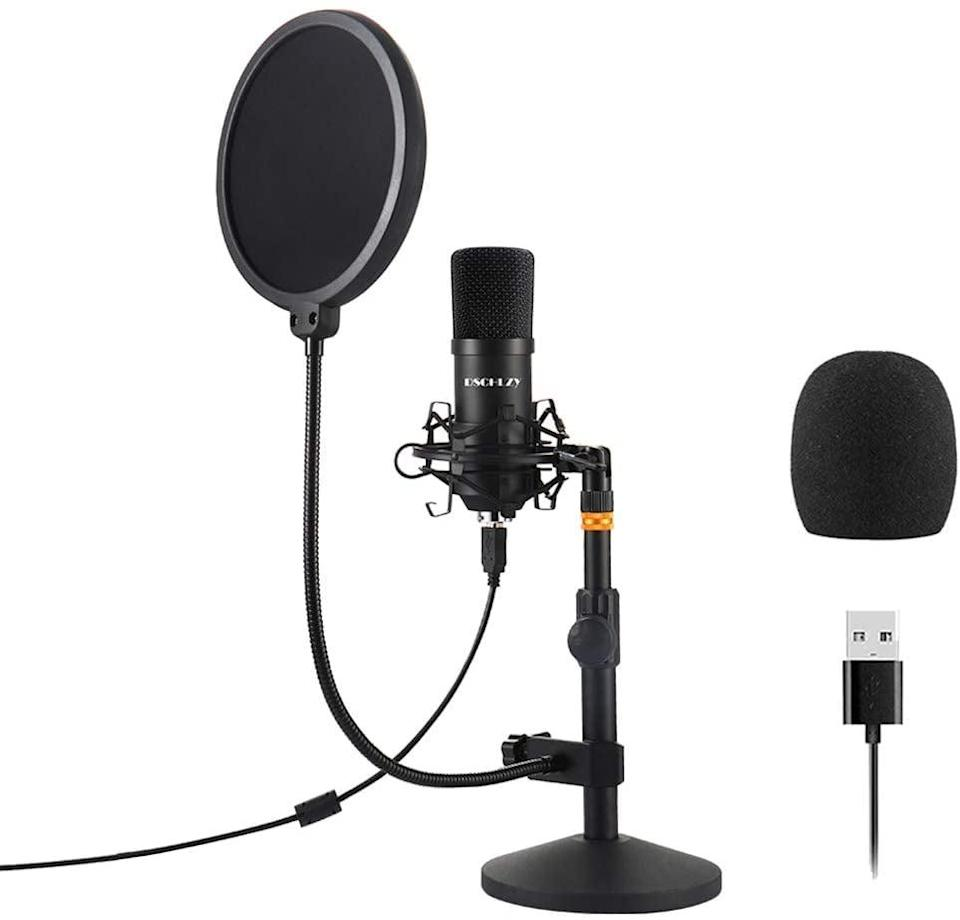 <p><span>USB Streaming Podcast Set</span> ($49)</p>