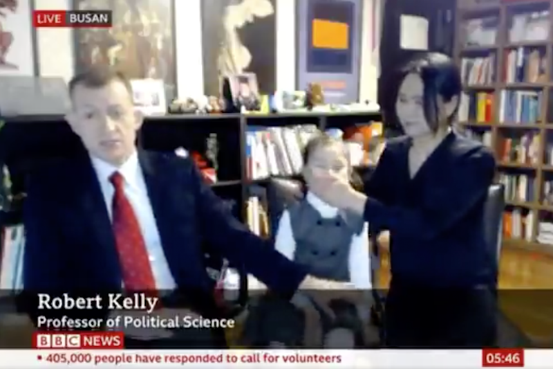 The professor returned to BBC news with his interrupting family: BBC
