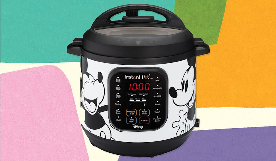 Hot-Diggity-Dog, and anything else you want to cook too! (Photo: Walmart)