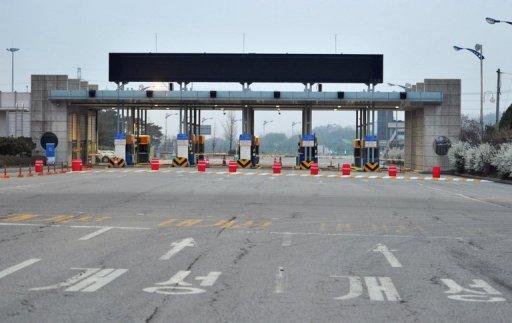 <p>Lights are off at South Korea's Paju border checkpoint on the road leading to the Kaesong industrial complex in North Korea on May 3, 2013. Established in 2004 as a rare symbol of inter-Korean cooperation, the Kaesong industrial estate was the most high-profile casualty of months of elevated tensions that followed the North's nuclear test in February.</p>