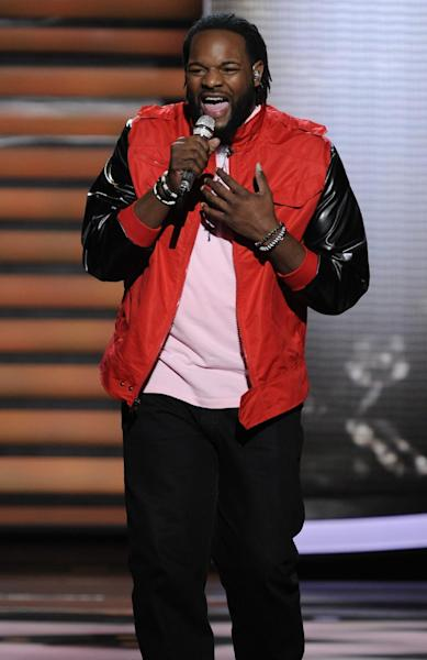 """FILE - In this March 7, 2012 file photo released by Fox, contestant Jermaine Jones performs on the singing competition series """"American Idol,"""" in Los Angeles. The 25-year-old singer from Pine Hill, N.J., tweeted Tuesday night, March 13, 2012 that he would no longer be on the Fox singing contest. (AP Photo/Fox, Michael Becker, File)"""