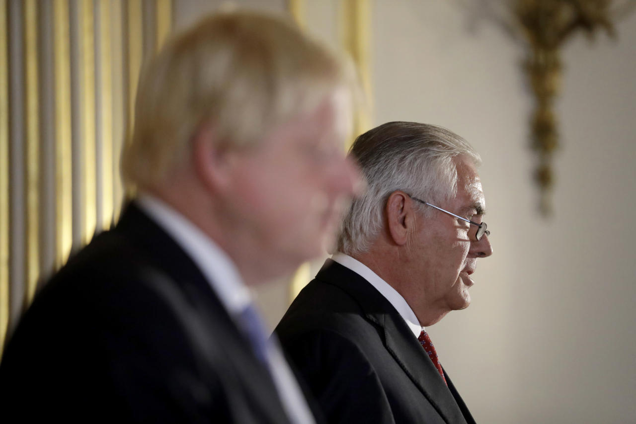 <p> Britain's Foreign Secretary Boris Johnson and U.S. Secretary of State Rex Tillerson hold a press conference after their meeting on Libya at Lancaster House in London, Thursday, Sept. 14, 2017. (AP Photo/Matt Dunham, Pool) </p>