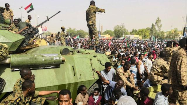 Image result for sudanese army defends demonstrators by firing back