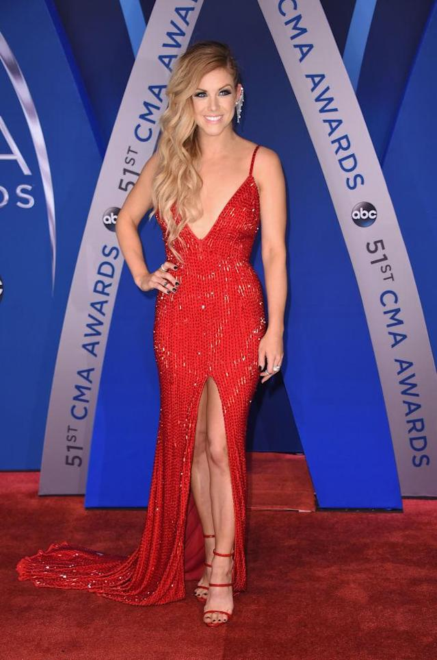 <p>Wearing the design of a fellow Nashvillian, Ell admits that it took her two hours to do her hair. She started getting ready at 1 p.m. to arrive on the red carpet at 6 p.m. (Photo: Getty Images) </p>