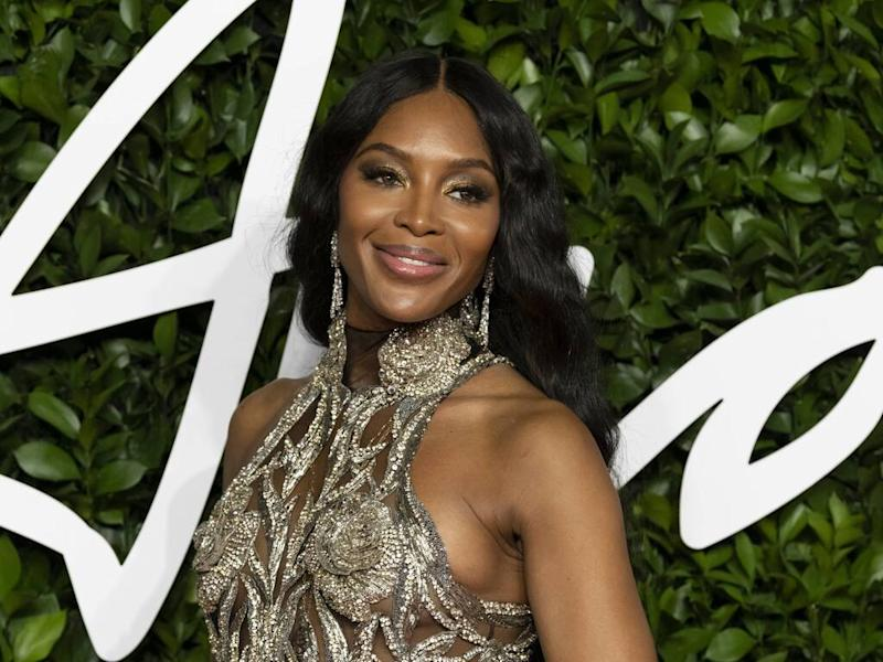 Naomi Campbell breaks down in tears during speech at The Fashion Awards 2019