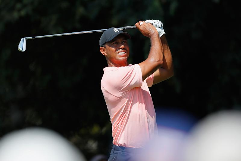 Woods, Fowler tied for East Lake lead