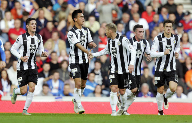 Football - Rangers v St Mirren - Ladbrokes Scottish Championship - Ibrox Stadium - 7/8/15 St Mirren's Cameron Howieson (2nd L) celebrates scoring their first goal Action Images via Reuters / Graham Stuart Livepic EDITORIAL USE ONLY.
