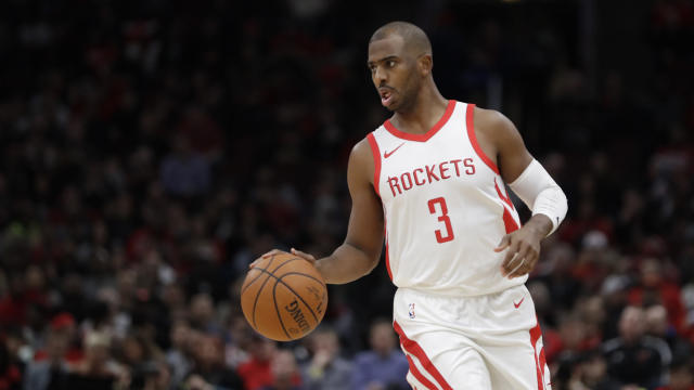 "<a class=""link rapid-noclick-resp"" href=""/nba/players/3930/"" data-ylk=""slk:Chris Paul"">Chris Paul</a> highlights this week's look at risers and fallers in fantasy hoops (AP Photo)."