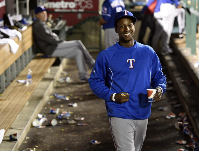 Jurickson Profar aggravates injured shoulder by rolling over in bed