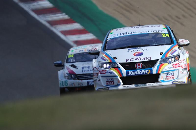 Hill stuns in practice at with Blundell Honda