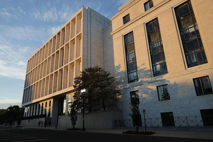 <p>The Hart Senate Office Building where former FBI Director James Comey will before the Senate Intelligence Committee on Capitol Hill June 8, 2017 in Washington. (Photo: Chip Somodevilla/Getty Images) </p>