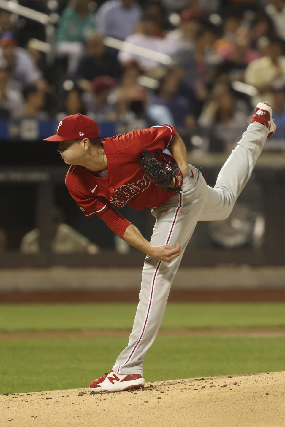 Philadelphia Phillies' Kyle Gibson pitches during the first inning of a baseball game against the New York Mets, Sunday, Sept. 19, 2021, in New York. (AP Photo/Jason DeCrow)
